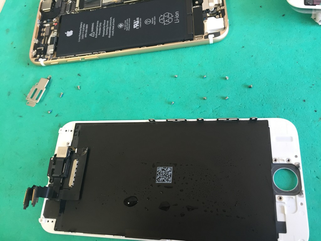 iPhone6水没-分解