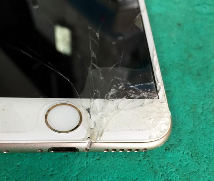 iphone6フレームゆがみ